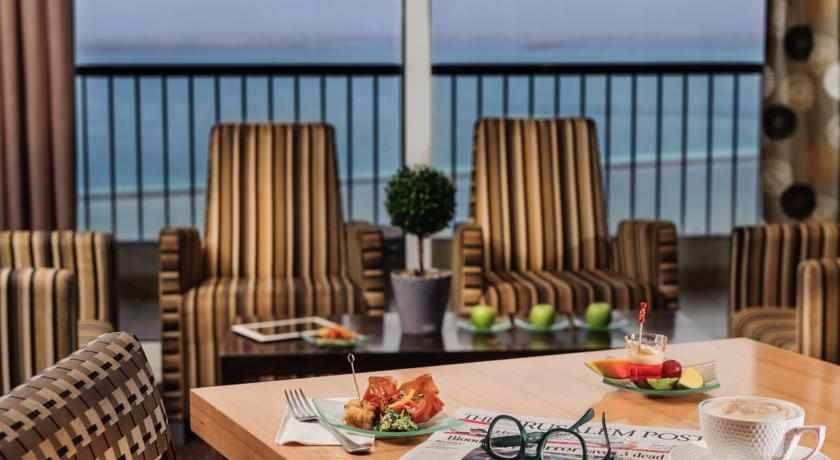 פינת ישיבה מלון דיוויד ים המלח