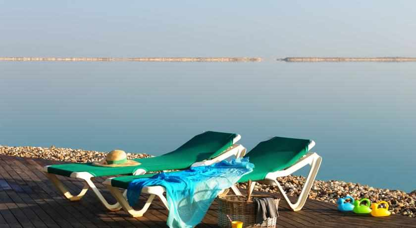 חוף ים מלון לאונרדו קלאב