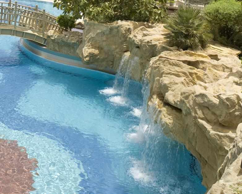בריכה מלון רויאל ים המלח