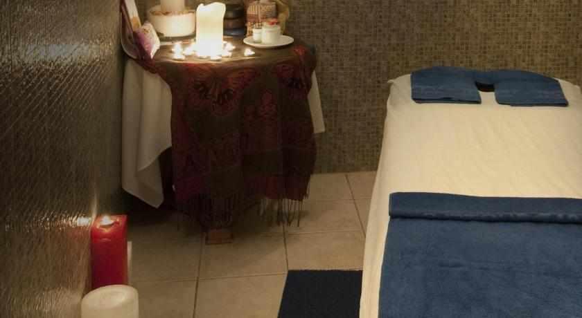 חדר טיפולים מלון רויאל ים המלח