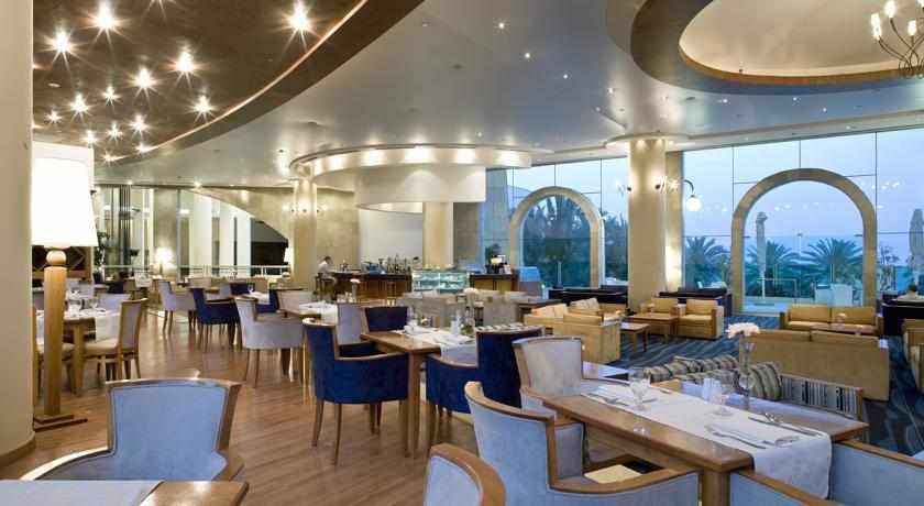 חדר אוכל מלון דניאל