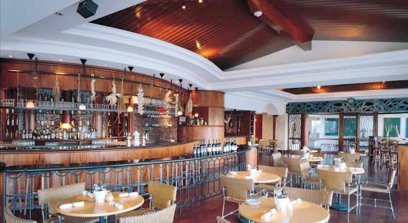 בר מסעדה מלון דיוויד ריזורט וספא