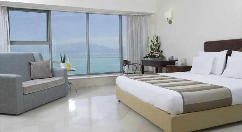 חדר נוף לים מלון רויאל