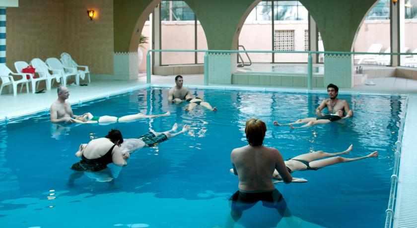 בריכת טיפולים מלון ספא קלאב